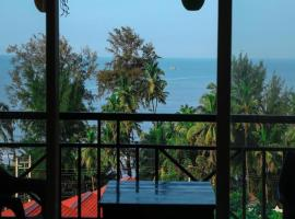 Silver Waves Hotels And Resorts, hotel in Mandrem