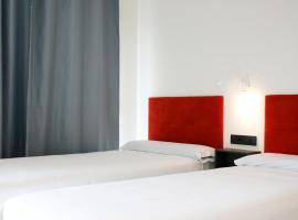 Arena Zone Hotel & Café, מלון בולנסיה