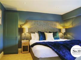 No.10 Preston, hotel near Fulwood Hall Hospital, Preston