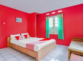 OYO 90197 Villa Bangau Ciloto, hotel di Cianjur