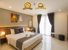 Hera Hotel Airport, hotel in Tan Binh, Ho Chi Minh City