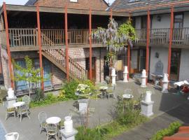 Johan's Lodge, B&B in Zwalm