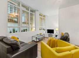 Spacious Home from Home in Birmingham City Centre, apartment in Birmingham