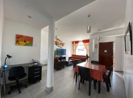 Dep Nuevo en Surco, hotel near VIlla El Salvador Station, Lima