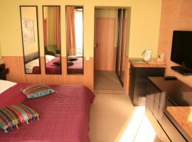 Green Apple, hotel in Nebug