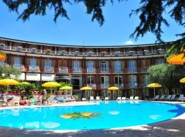 Hotel Continental, hotel in Garda