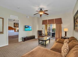 2BR Condo - Family Resort - Pool And Hot Tub!, holiday home in Orlando