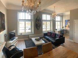 City Apartment Maastricht aan de Maas, apartment in Maastricht