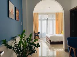 Chez Mimosa Petite, hotel near Ben Thanh Market, Ho Chi Minh City
