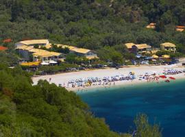 Rouda Bay Beach Hotel, hotel near Porto Katsiki, Mikros Gialos