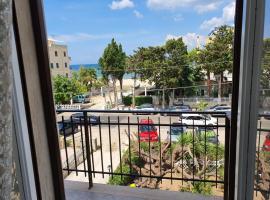 Fronte mare, hotel a Gallipoli