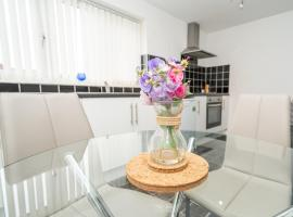 Pleasure Holiday Apartments, apartment in Blackpool