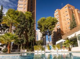 Aparthotel BCL Levante Club, apartment in Benidorm