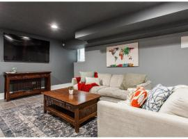 Forrestville Ave Large Suite, apartment in Chicago
