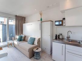 Studio Jadana, budget hotel in Zandvoort