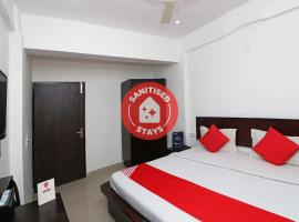 OYO 23504 Hotel Panther, hotel in Rohtak