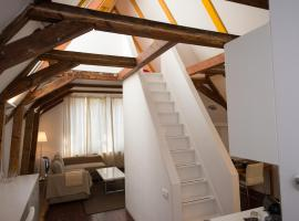 Rembrandtplein Bed and Breakfast, B&B/chambre d'hôtes à Amsterdam