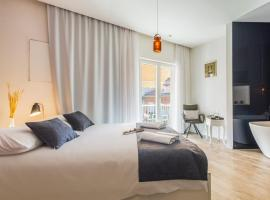 Luxury rooms in Old Town-Feral and Kala, B&B in Zadar