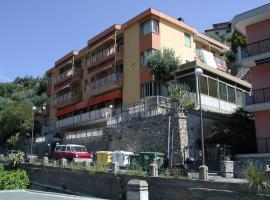 Hotel Patrizia, hotel in Laigueglia