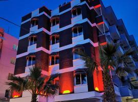 Akman Hotel, отель в Кушадасах