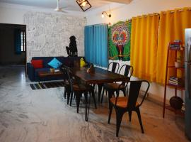 The Hood CoLiving Space & Hostel, room in Bangalore