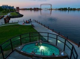Pier B Resort, hotell i Duluth