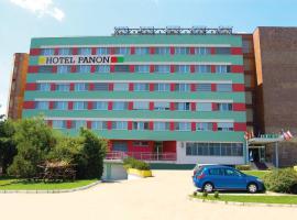 Hotel Panon, hotel v Hodoníně