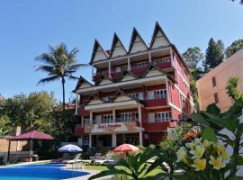 Zoé's Paradise Waterfront Hotel, hotel di Tuktuk Siadong