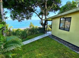 Pacheco Tours Beach Cabins, hôtel à Drake