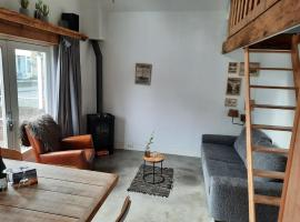 Beach Cottage free parking, budget hotel in Noordwijk aan Zee