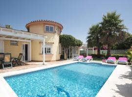 Villa Ruby, hotel in Estepona