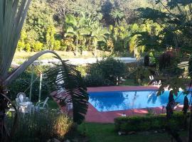 Hotel Los Amigos, hotel en Puerto Iguazú