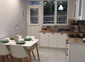 Eytyhias Yard apartments in Poros, pet-friendly hotel in Poros