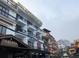 Palm Tree Hotel, hotel in Sa Pa