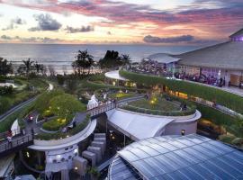YELLO Kuta Beachwalk Bali, hotel near Kuta Square, Kuta