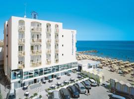 Hotel International - Direttamente sul mare, hotell i Misano Adriatico