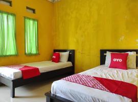 OYO 90333 Wisma Tenang Jaya Syariah, hotel di Majalengka