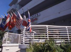 Hotel Capri, hotel in Grado