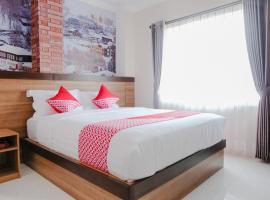 OYO 809 Noura Guest House Syariah, hotel in Malang