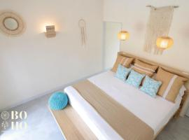 BoHo Tamarindo - Digital Nomad Friendly - Adults Only, hotel in Tamarindo