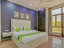 Treebo Trip City Centre Noida, hotel in Noida