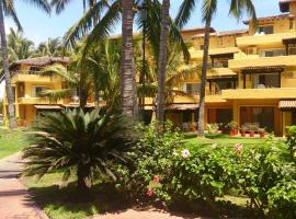 Villas del Sol en Los Tules, hotel in Hotel Zone, Puerto Vallarta
