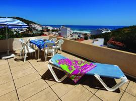 Seaview Apartments, hotel en Salema