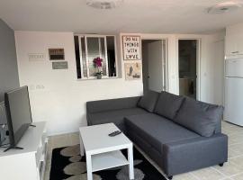 Apartamento a tan solo 2 minutos de la playa, appartamento a Puerto del Rosario