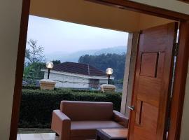 BoBo queen house 3 ( villa baba II) mountain view, villa in Puncak