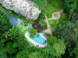 La Luciole Ecolodge, hotel near Quilombo do Campinho, Paraty