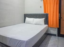 KoolKost Female Syariah near UIN Maulana Malik Ibrahim 2 (Minim Stay 6 Nights), hotel near Lembah Dieng Water Park, Jenggrik