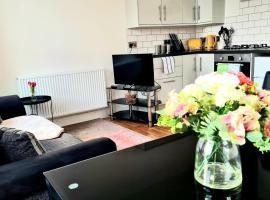 Golden Sapphire, apartment in Highbridge