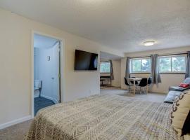 Bright & Cozy Studio Apartment in Colorado Springs, apartment in Colorado Springs
