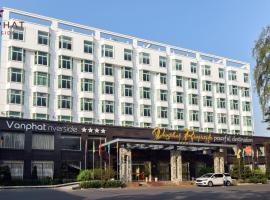 Van Phat Riverside Hotel, hotel in Can Tho